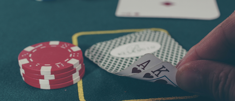 Finding the Good Poker Training Sites While Avoiding the Illegal Sites